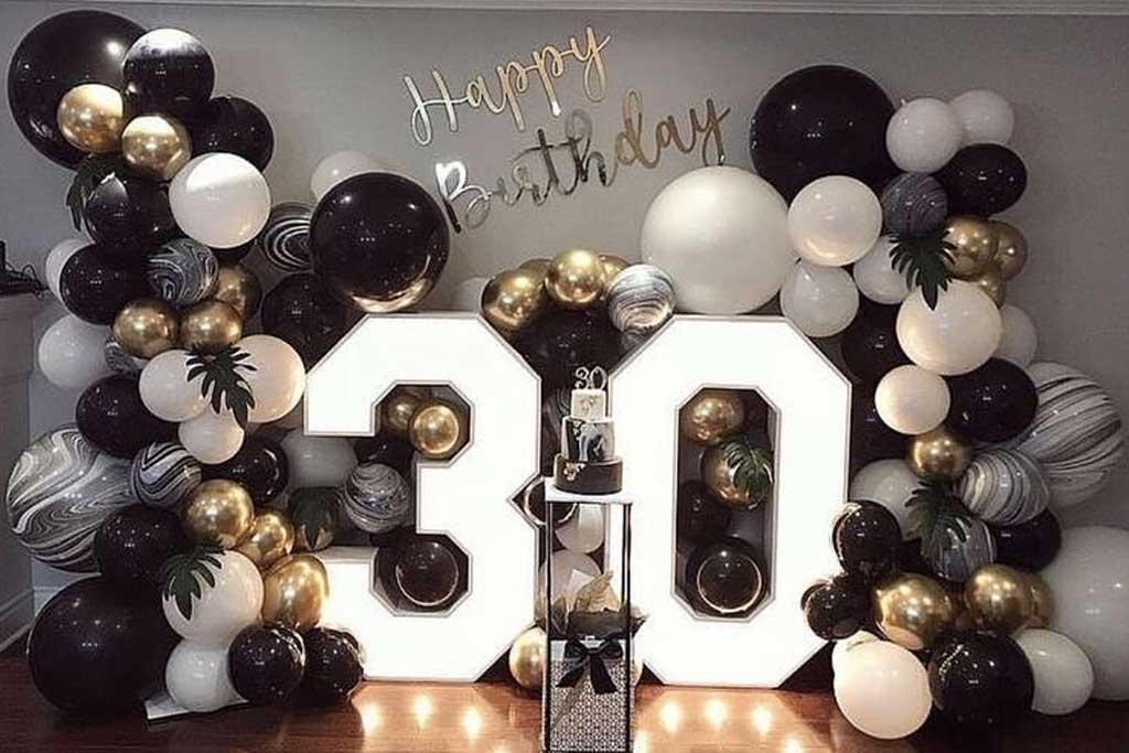 dekorasi balon ulang tahun dewasa 30 tahun