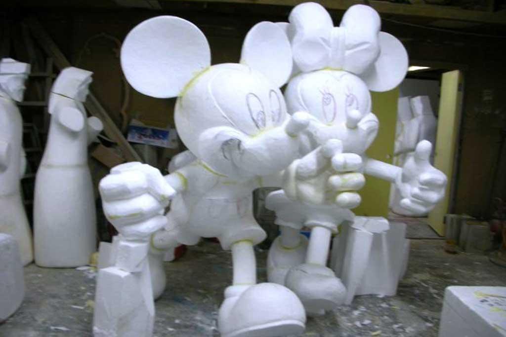jasa pembuatan patung murah mickey minnie