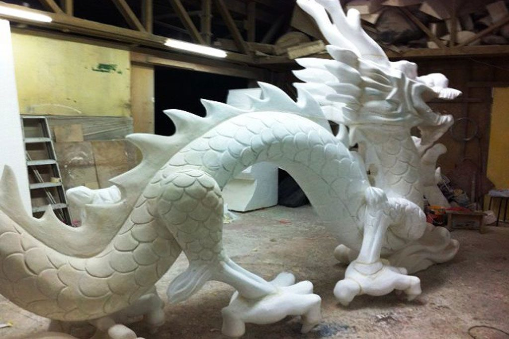 pembuatan patung naga dari styrofoam