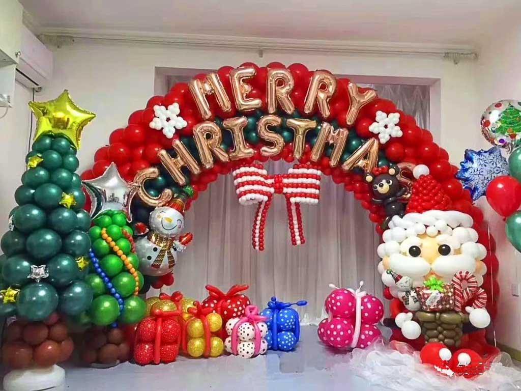 foto dekorasi balon natal